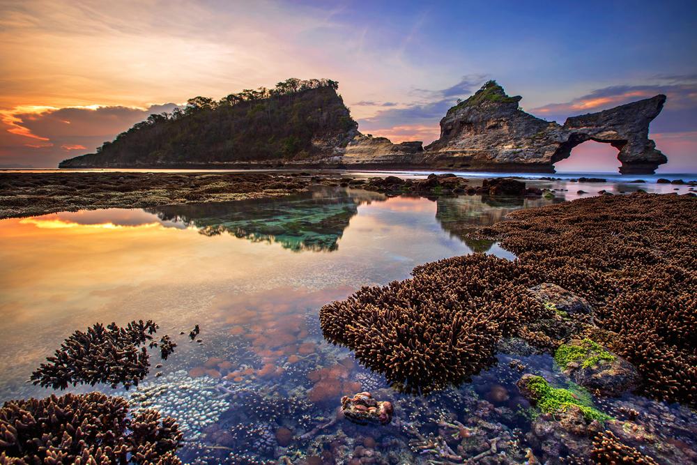 Atuh Beach ©Bertoni Siswanto_